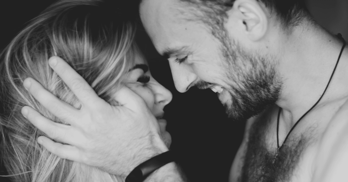 If She Does These 12 Things Without Being Asked, She's Definitely WORTH The Chase 1