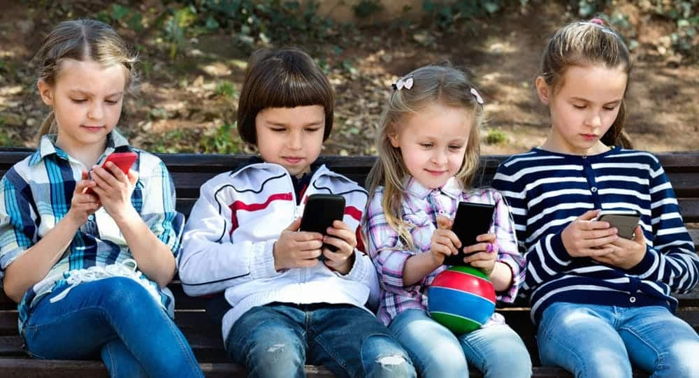 A Child's Smartphone Usage Is A Bigger Deal Than We Thought, Studies Show 1