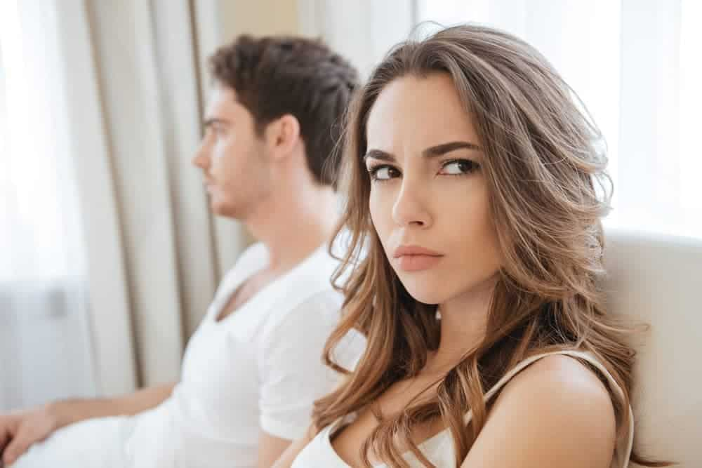 6 Reasons A Guy Would Never Want To Commit To You 3